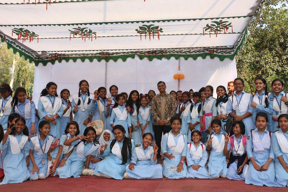 Study Tour of IV-VIII to Anondo Park, Gazipur
